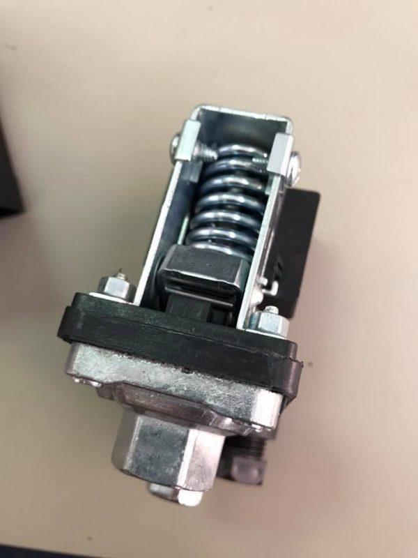 Tlačna sklopka za kompresore